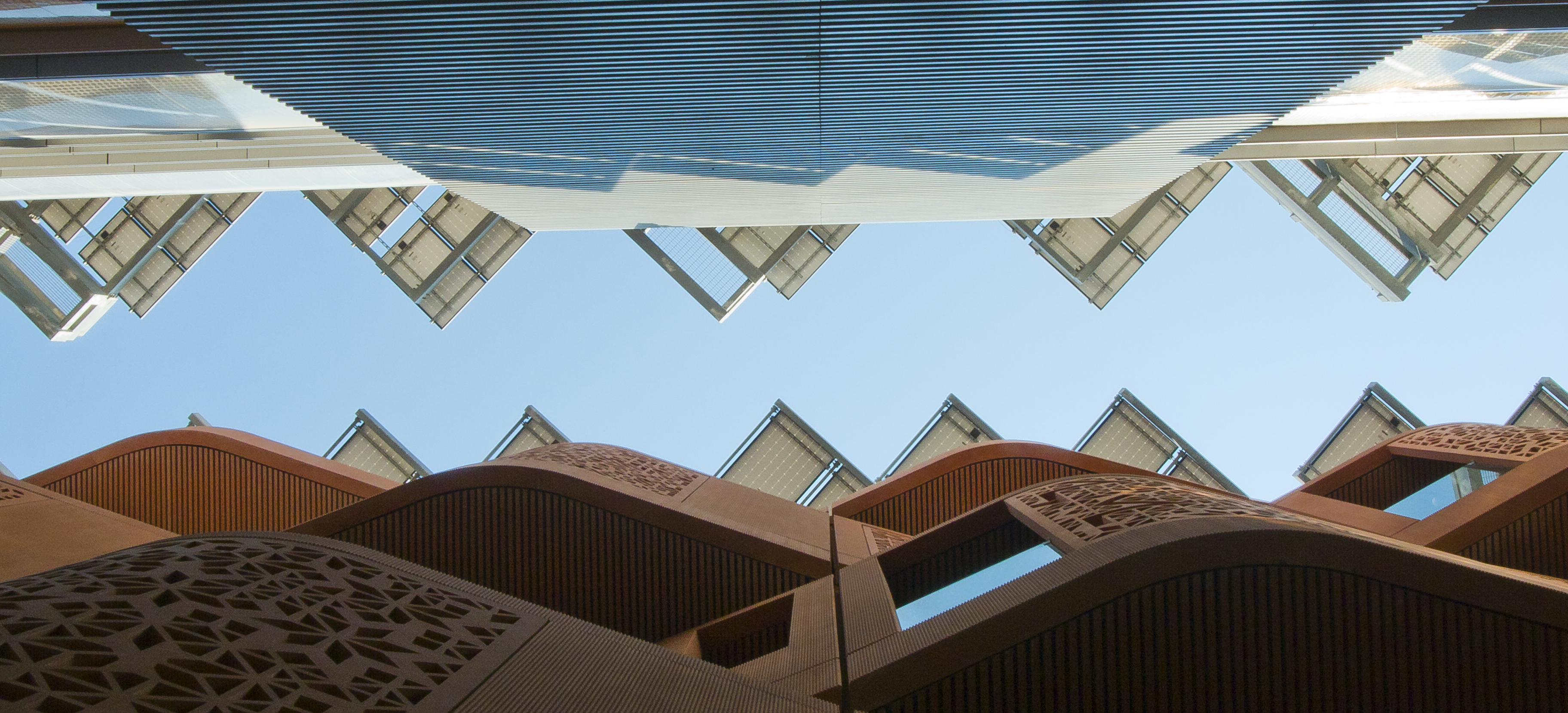 Looking at the sky from Masdar City