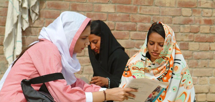 Community midwife training in Pakistan