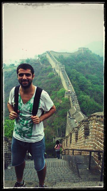 Gerardo walking the Great Wall of China