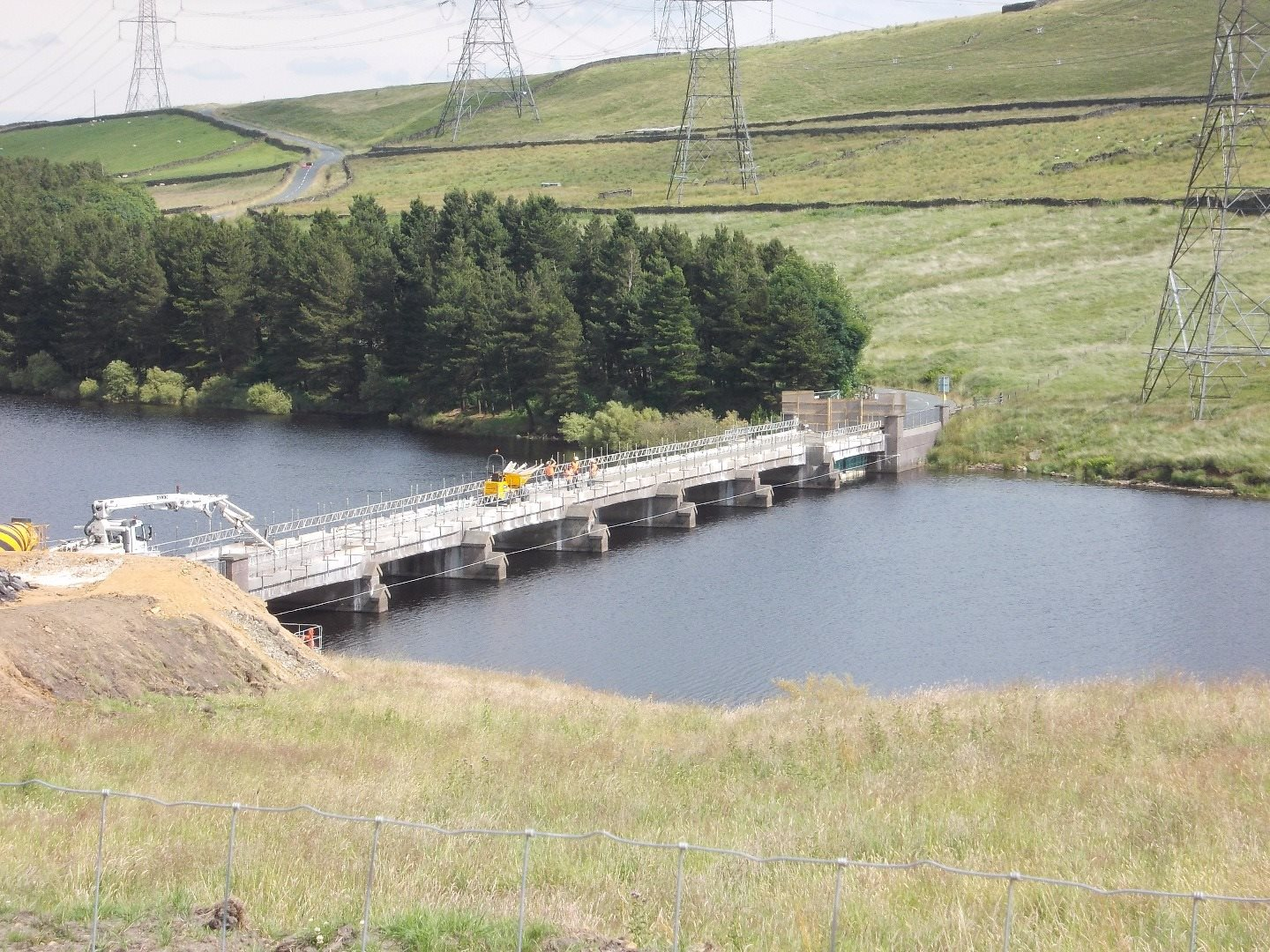 This project at Baitings Reservoir saw us marry our knowledge of the water industry with our highways expertise.  We replaced the 105m bridge deck and constructed new bearings.